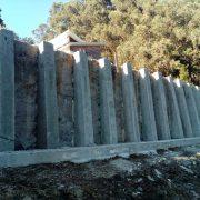 7_Refuerzo para muro contencion pilotado con perfiles de vias de tren